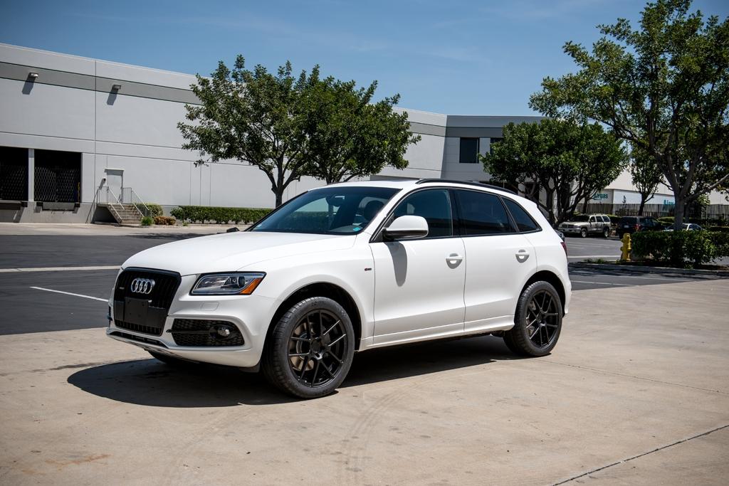 Audi rs7 black price in india 8