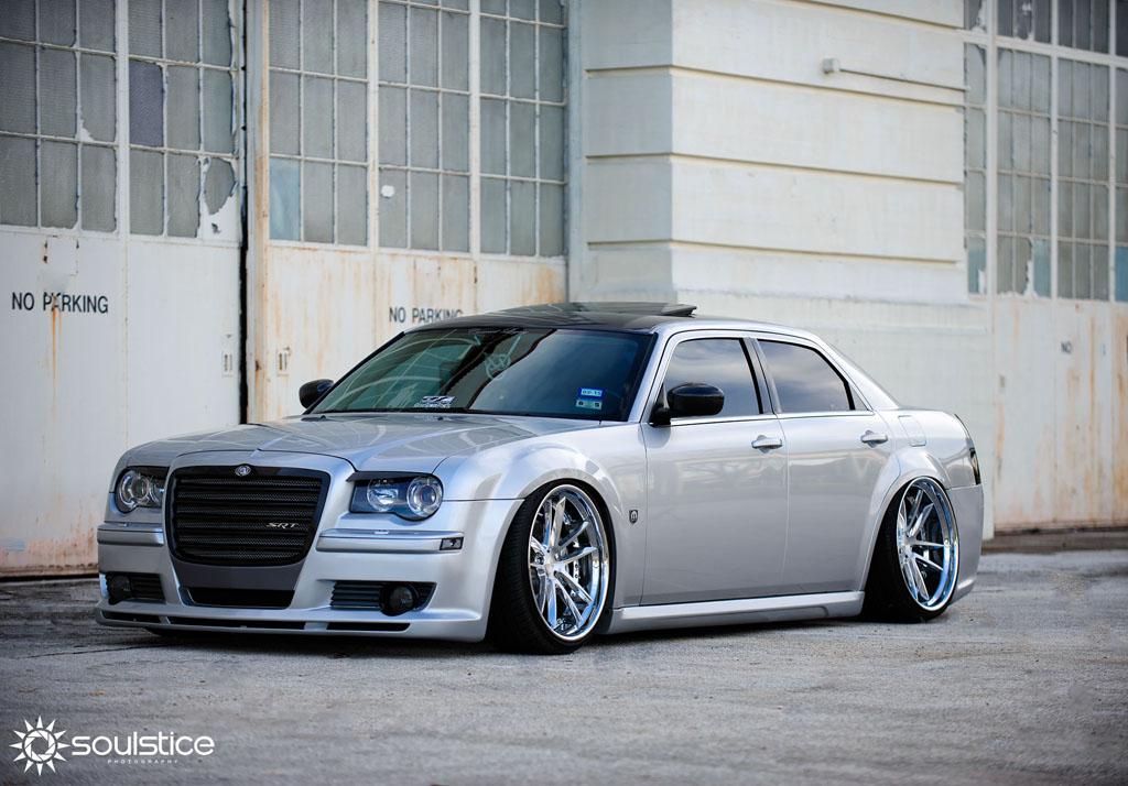 Chrysler 300c F531 Spec2 Avant Garde Wheels Avant