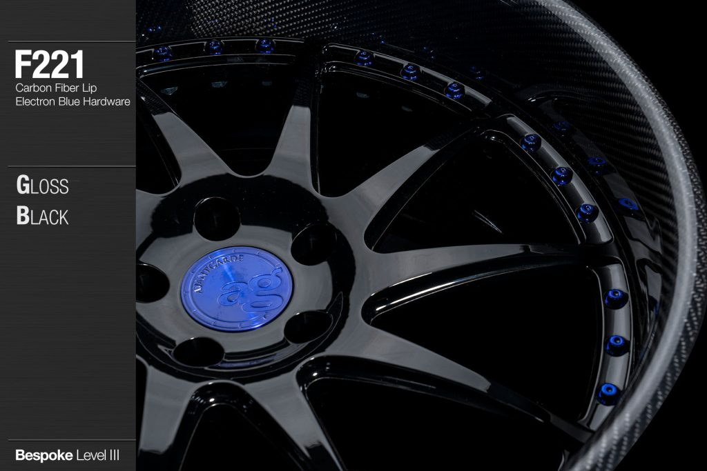 avant-garde-ag-wheels-f221-gloss-black-face-carbon-fiber-lip-electron-blue-hardware-2-min