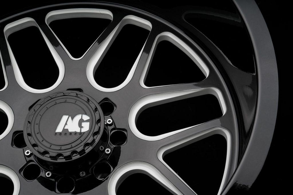 ksmoffroad-wheels-ksm-offroad-ksm06-two-tone-gloss-black-face-lip-white-windows-6